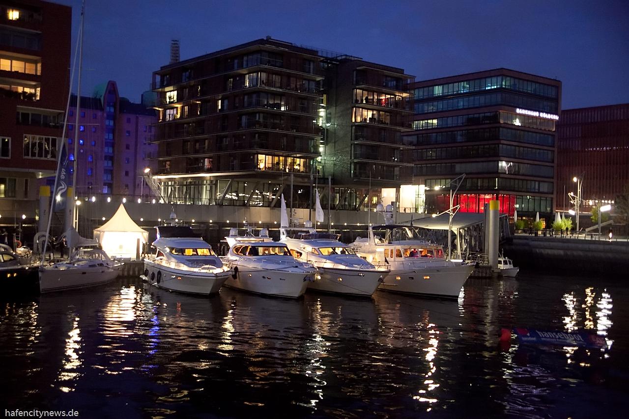 Escort Hamburg Damen auch als Reisebegleitung