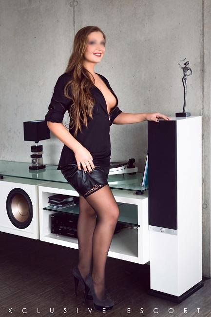 Escort Hamburg Lady Vanessa sehr sexy bereit zum ausgehen