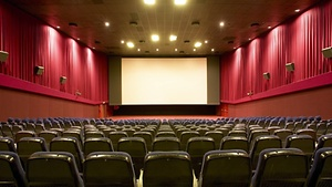 Kino mit Escort Hamburg Dame