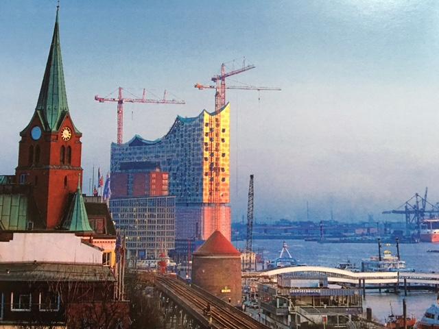 Mit Escort Hamburg die Elbphilharmonie entdecken