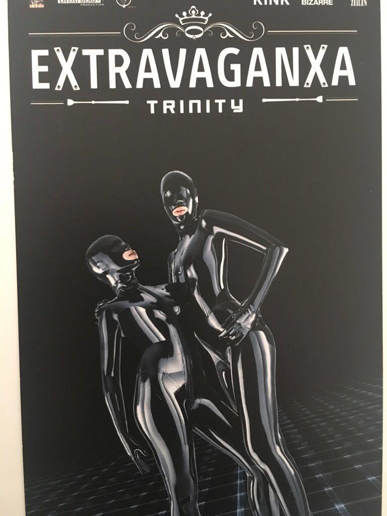 Mit Escort Hamburg zur eXtravaganza