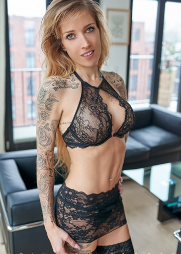 Toned Dreambody from Escort Hamburg Modell Pia